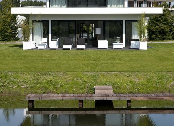 Villa Water