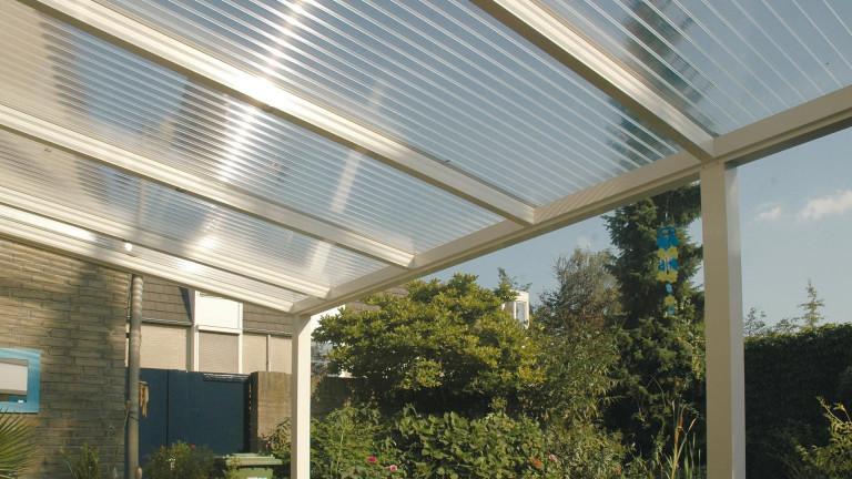 Polycarbonaat kanaalplaat voor duurzame serres, veranda's en carports